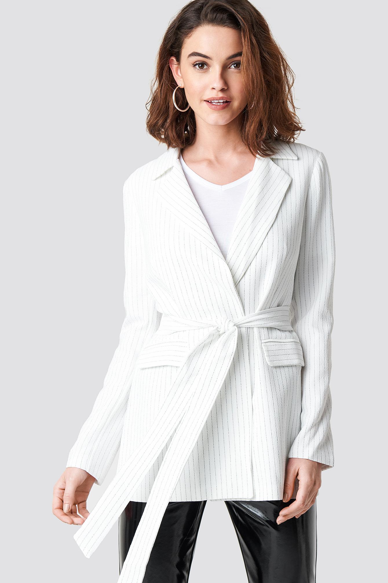 trendyol -  Belt Detailed Blazer - White