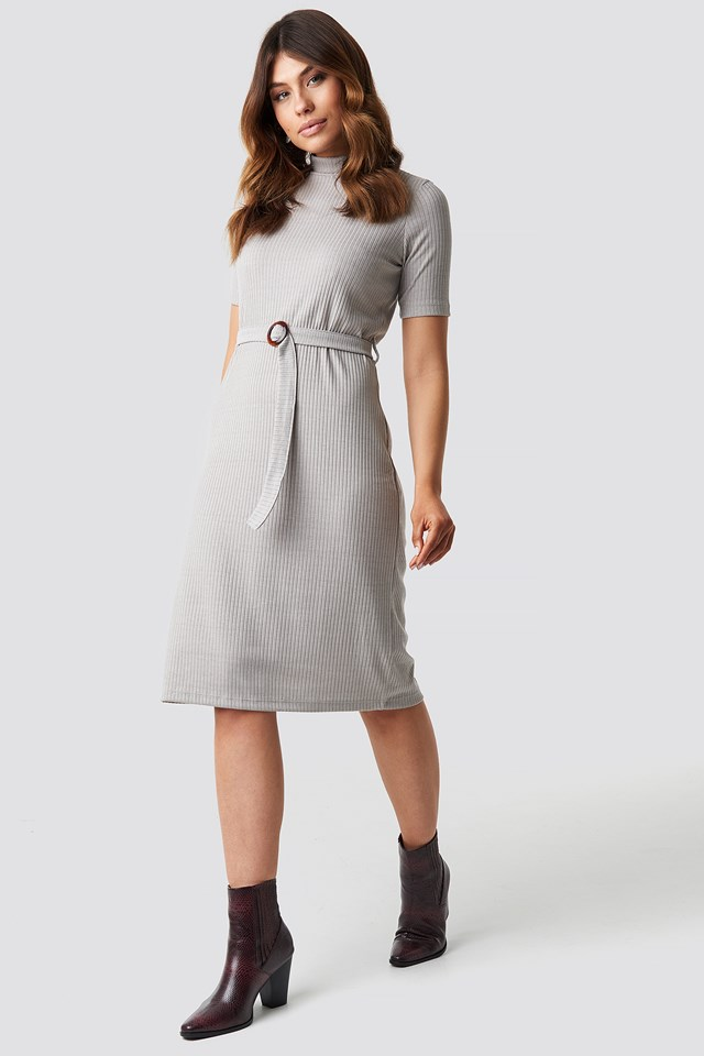 Belted Knitted Midi Dress Gray