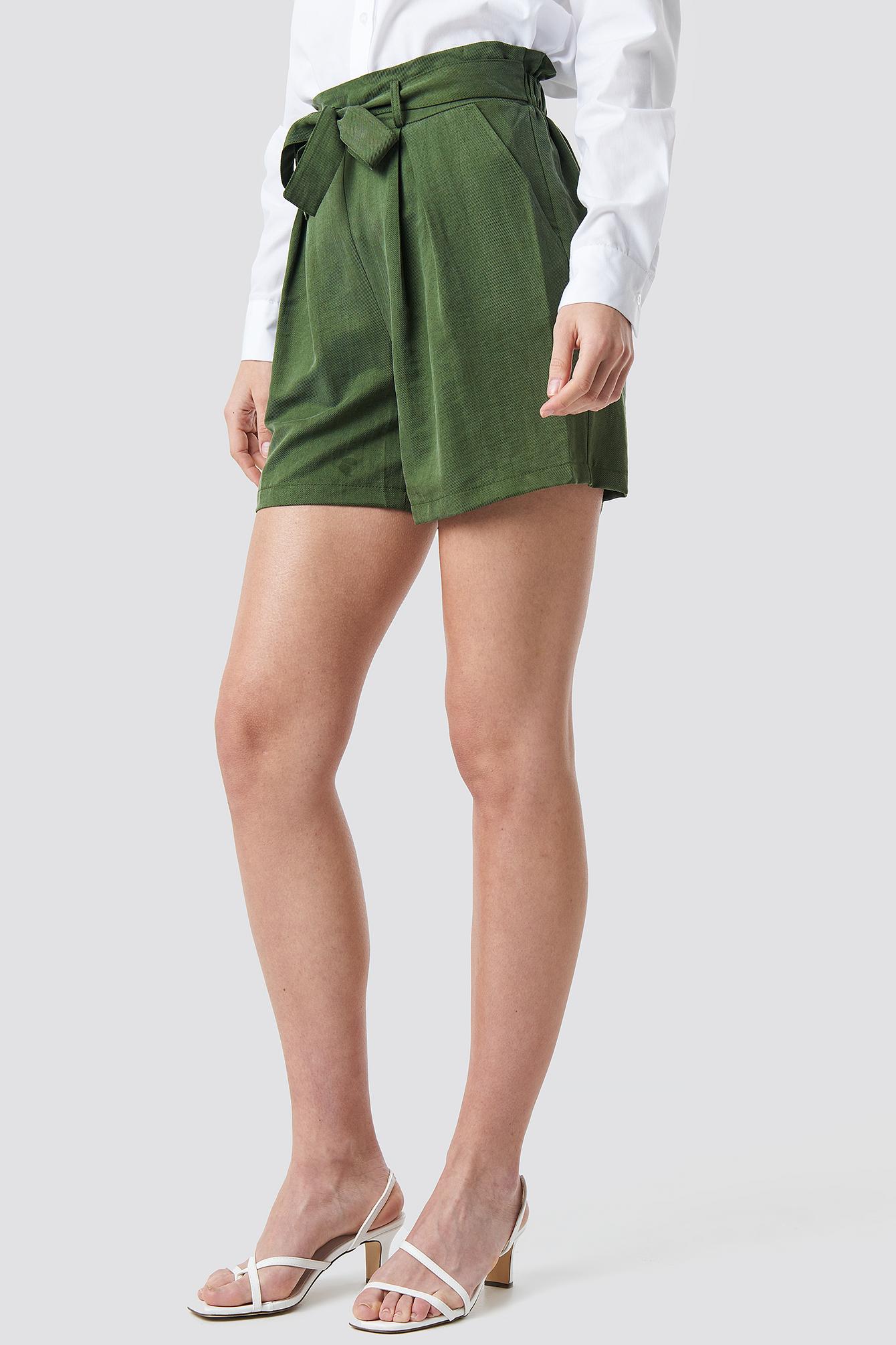 Binding Detailed Lyocell Shorts NA-KD.COM