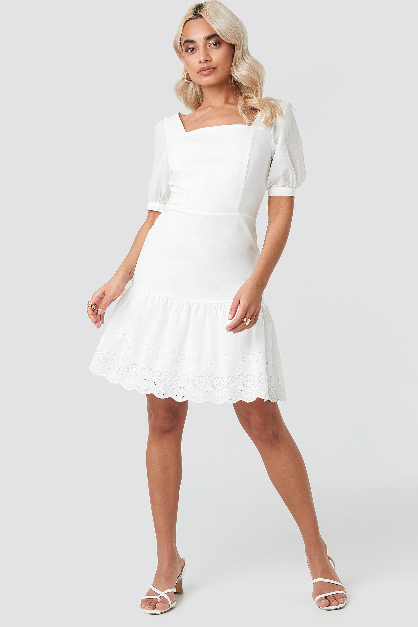 Brode Detailed Mini Dress NA-KD.COM