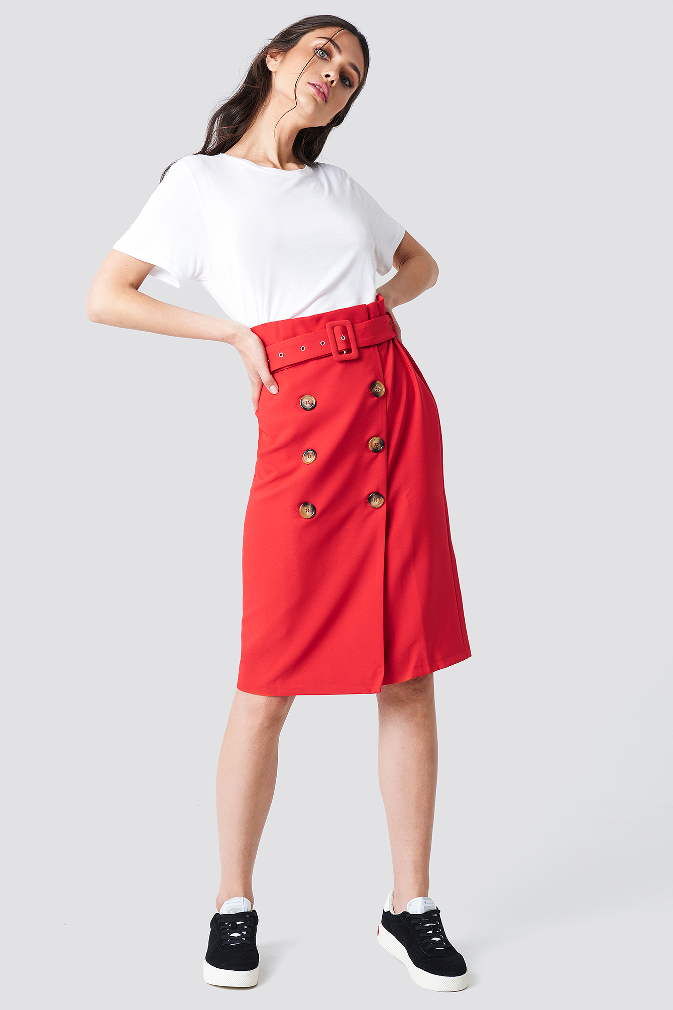 BUTTON DETAILED MIDI SKIRT - RED