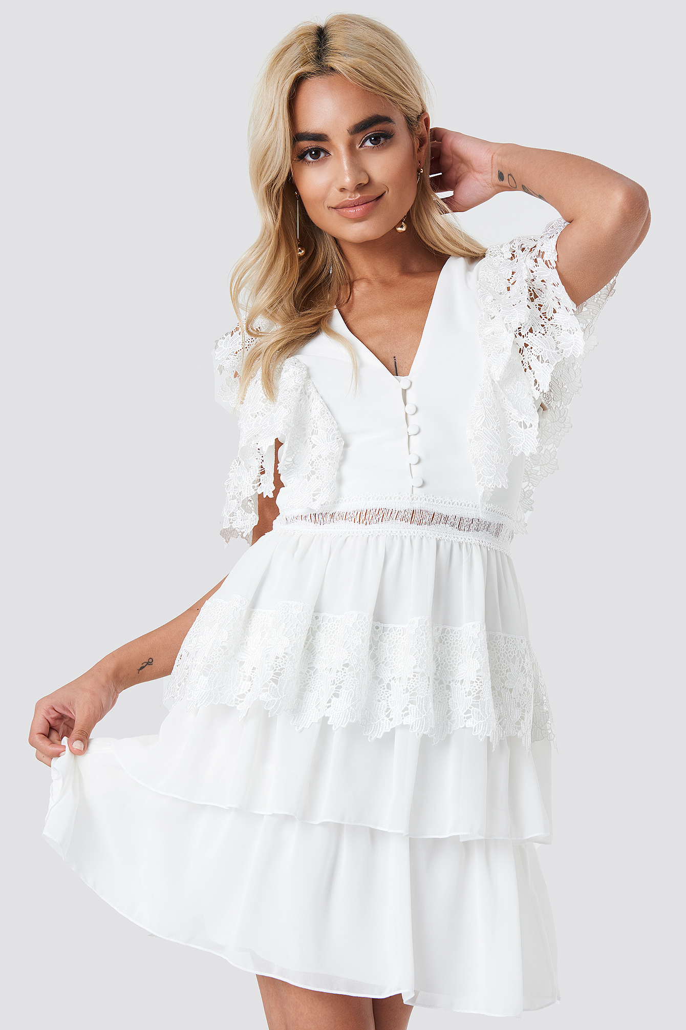 Buttoned Lace Mini Dress NA-KD.COM
