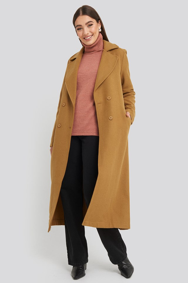 Buttoned Wool Coat Camel