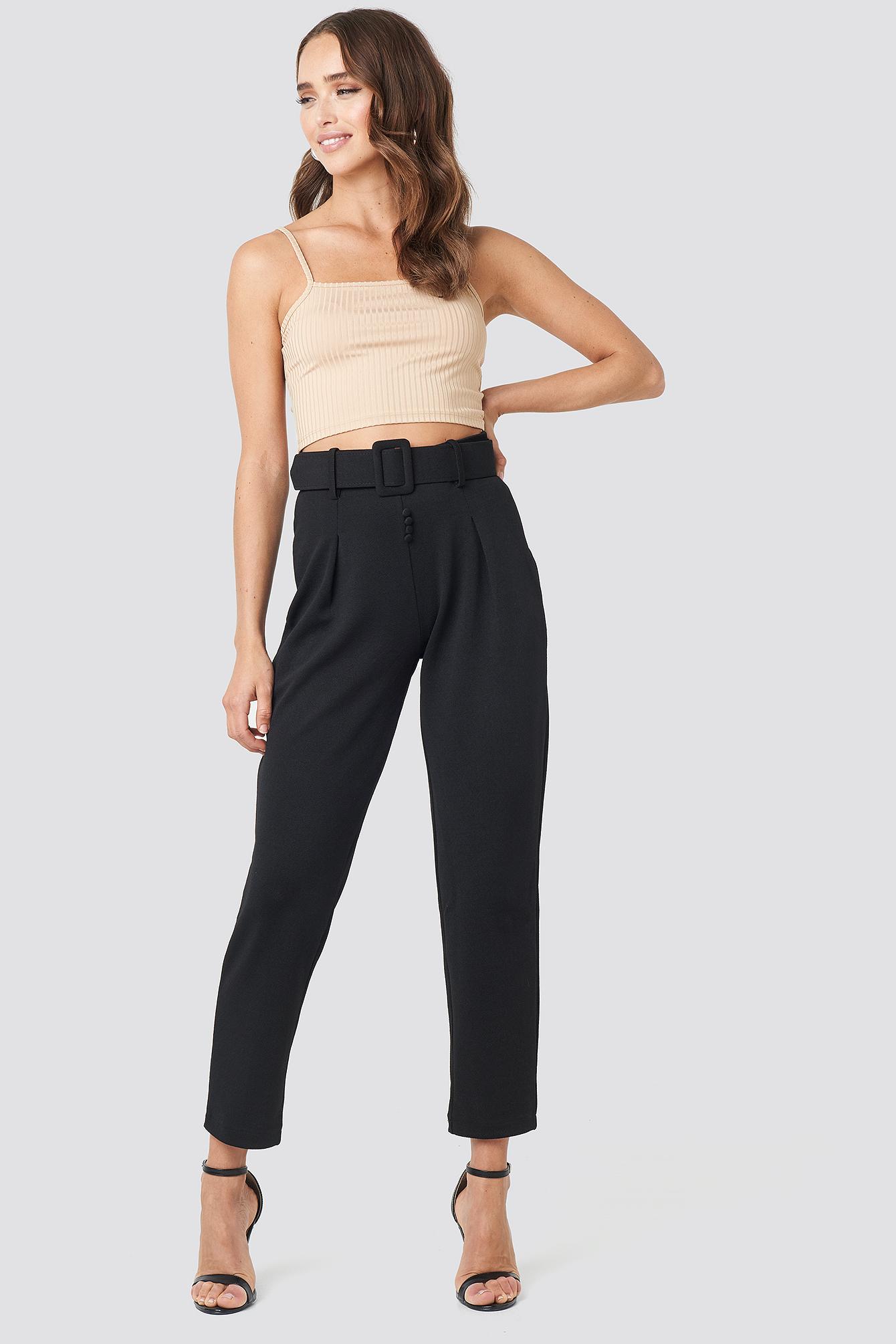 Carmen Cropped Pants Noir by Trendyol