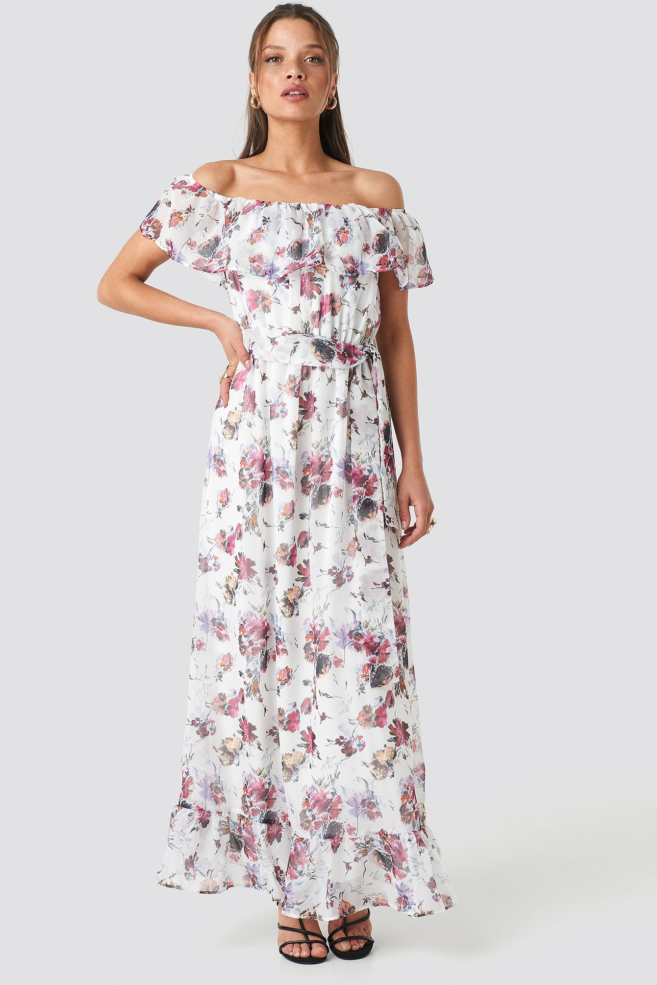 trendyol -  Carmen Flower Maxi Dress - White