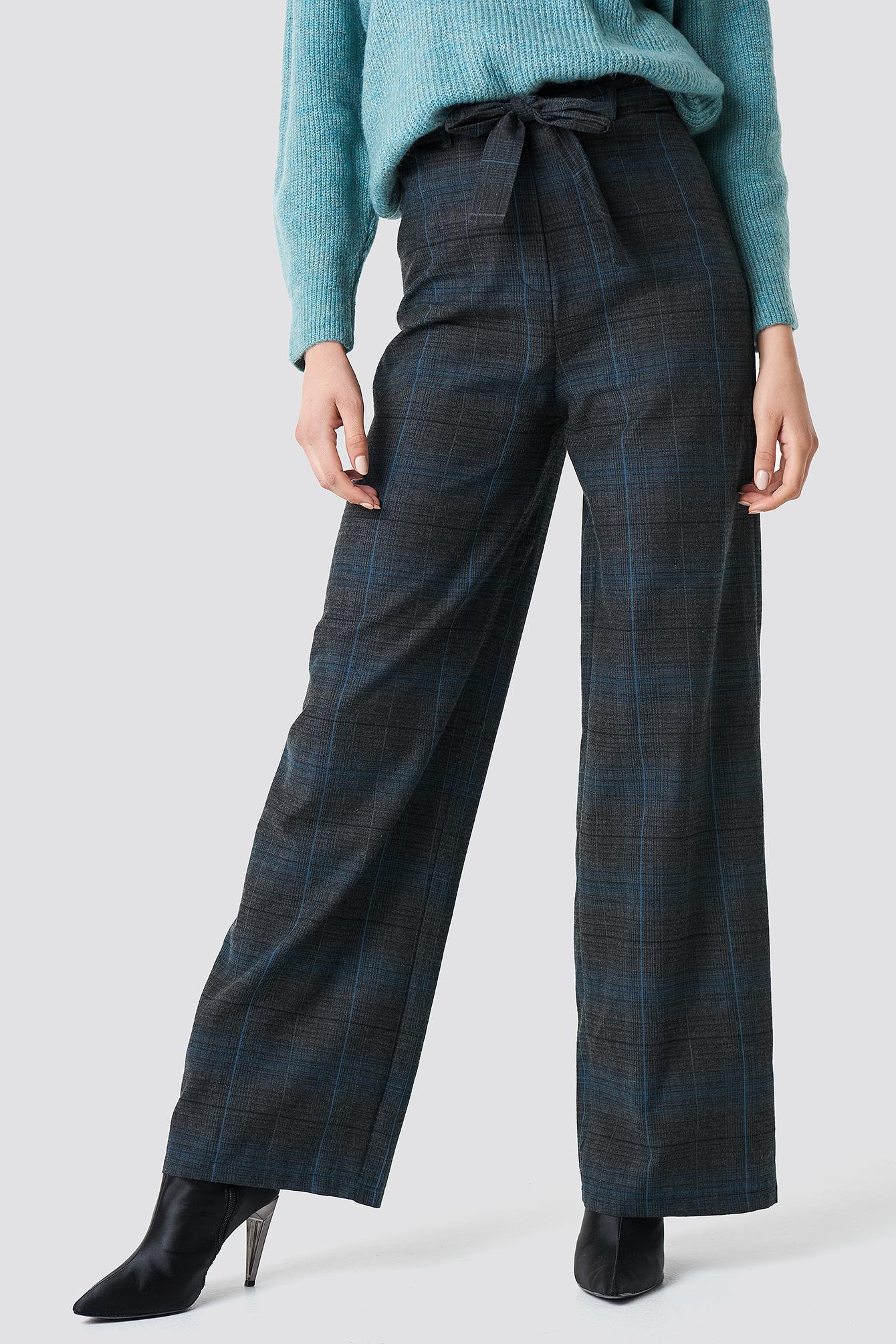 Szerokie spodnie w kratkę NA-KD.COM