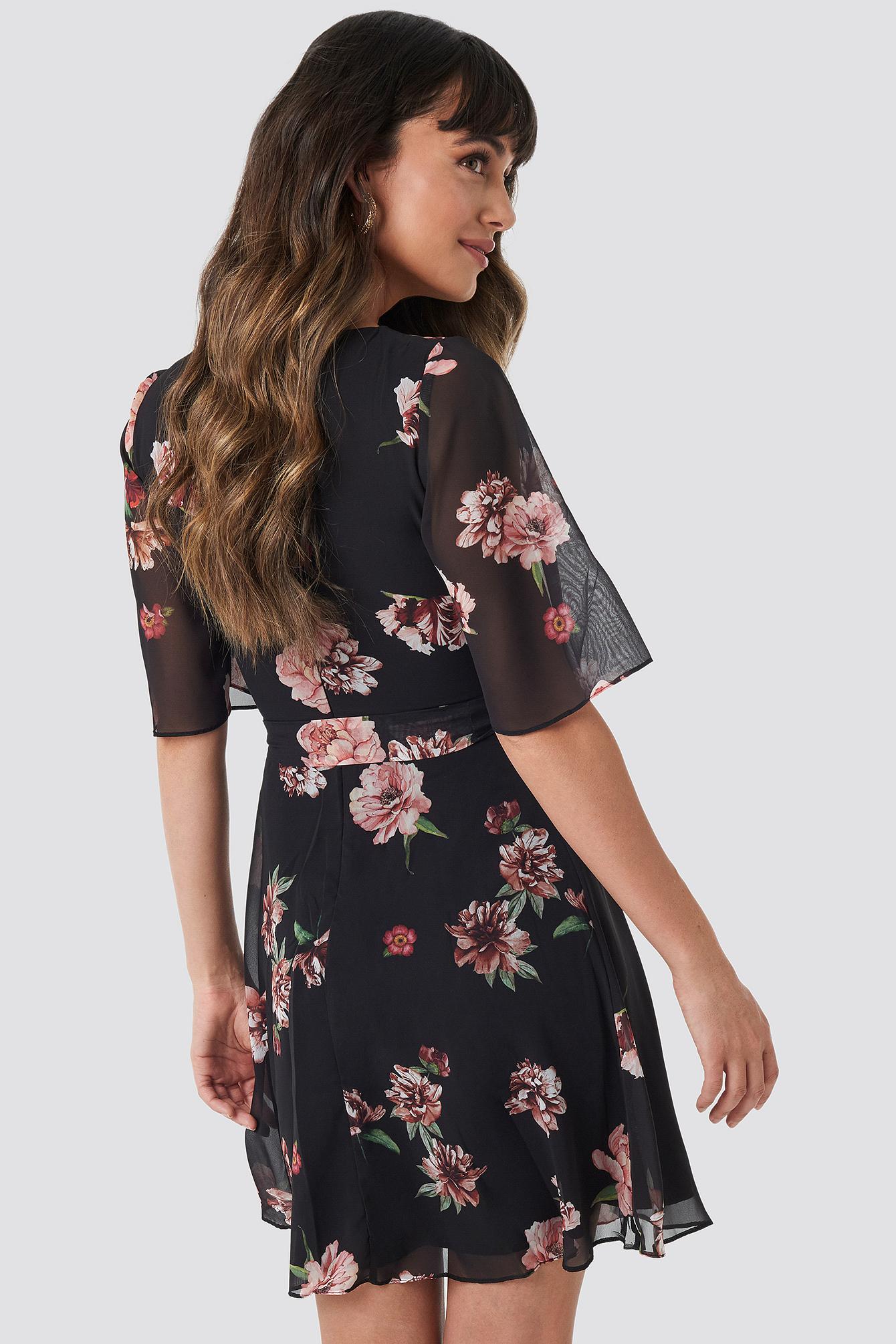 Cleo Flower Mini Dress NA-KD.COM