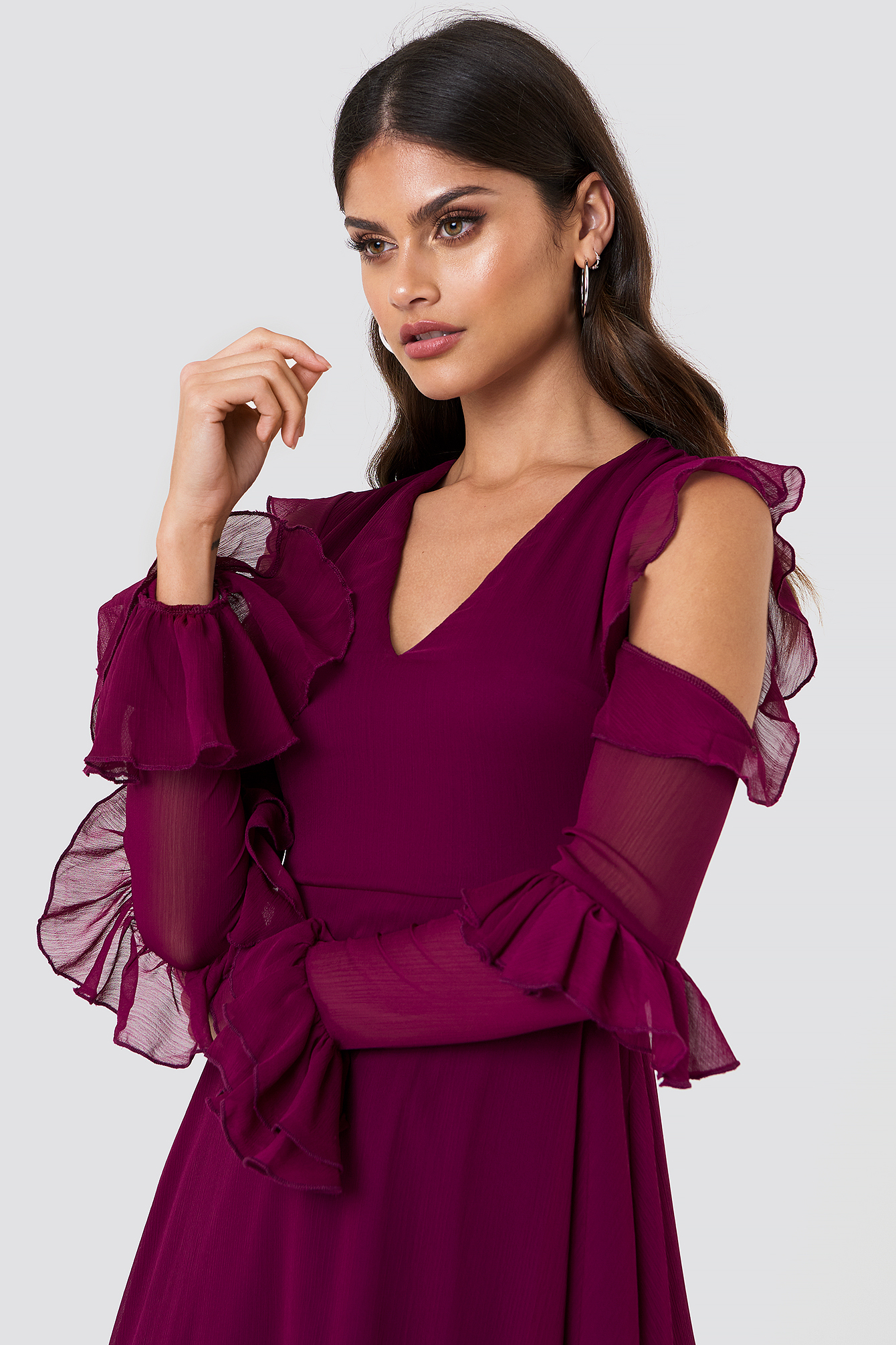 Cold Shoulder Frill Midi Dress NA-KD.COM