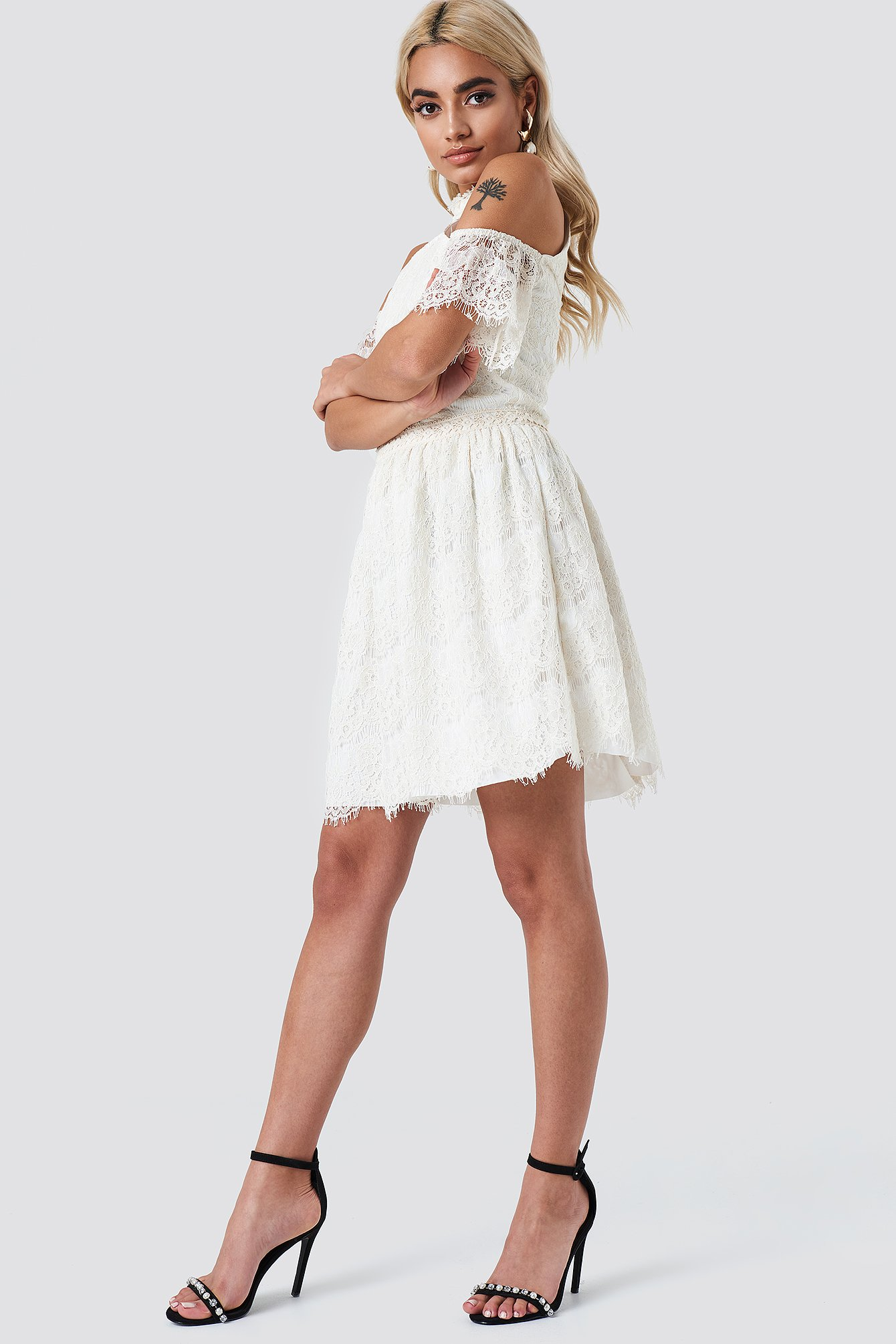 Cold Shoulder Lace Mini Dress NA-KD.COM