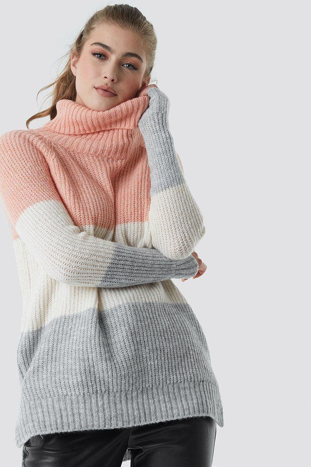 Color Blocked High Neck Sweater Trendyol