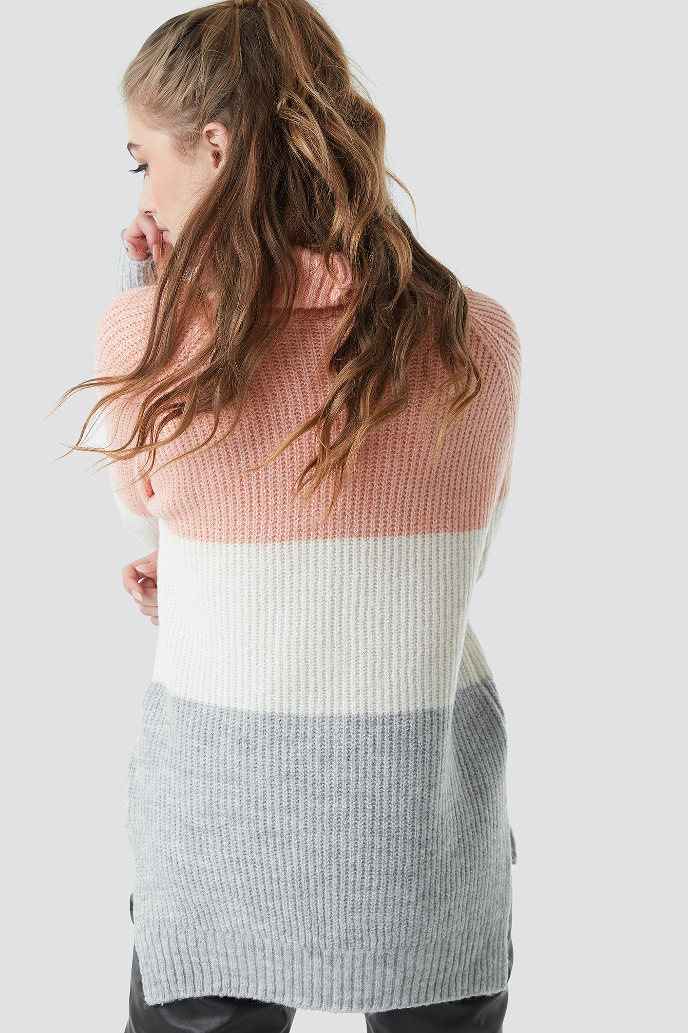 Color Blocked High Neck Sweater NA-KD.COM