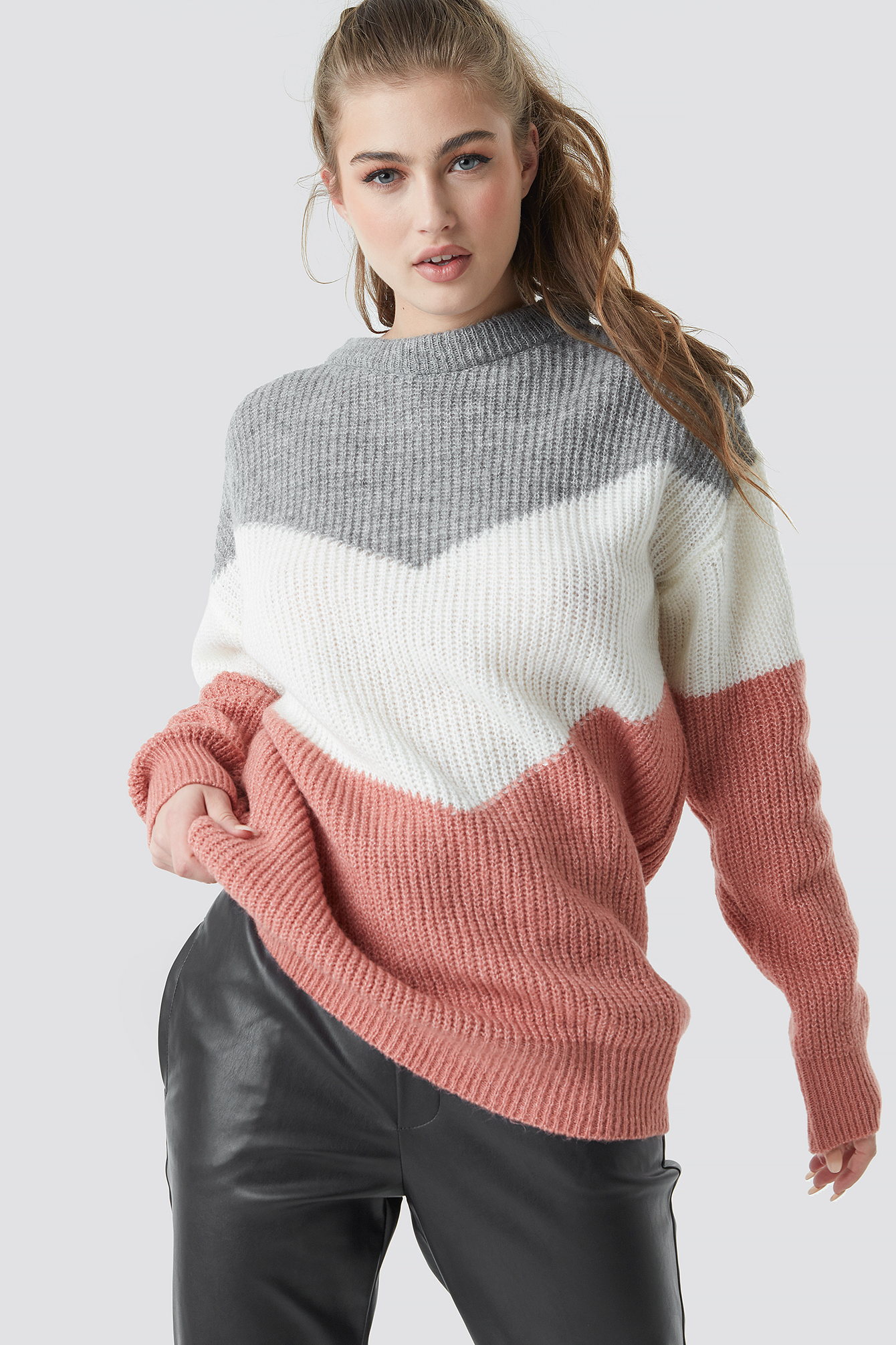 Color Blocked Knitted Sweater NA-KD.COM