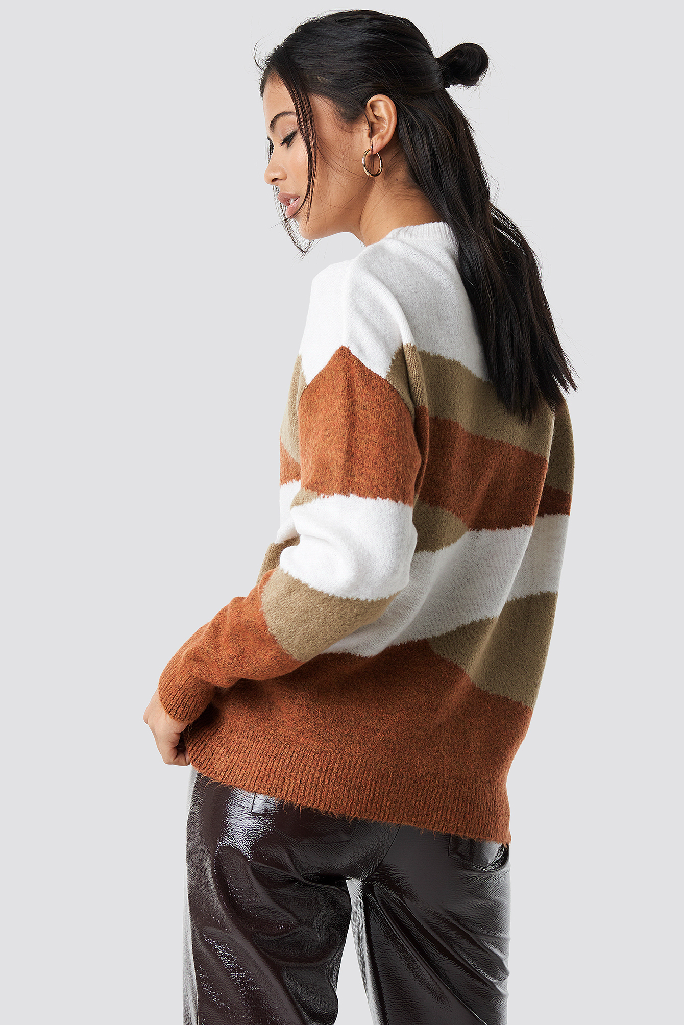 Color Blocked Pullover NA-KD.COM
