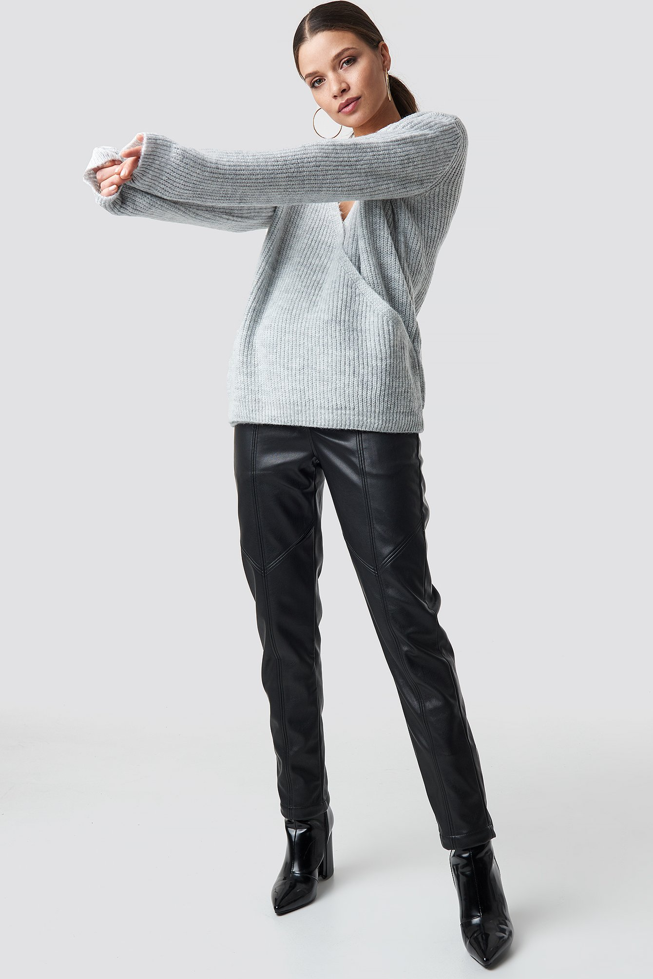 Crossed Knitted Sweater NA-KD.COM