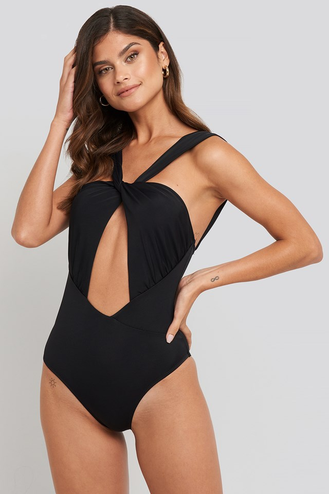 Cut-Out Detailed Swimsuit Black