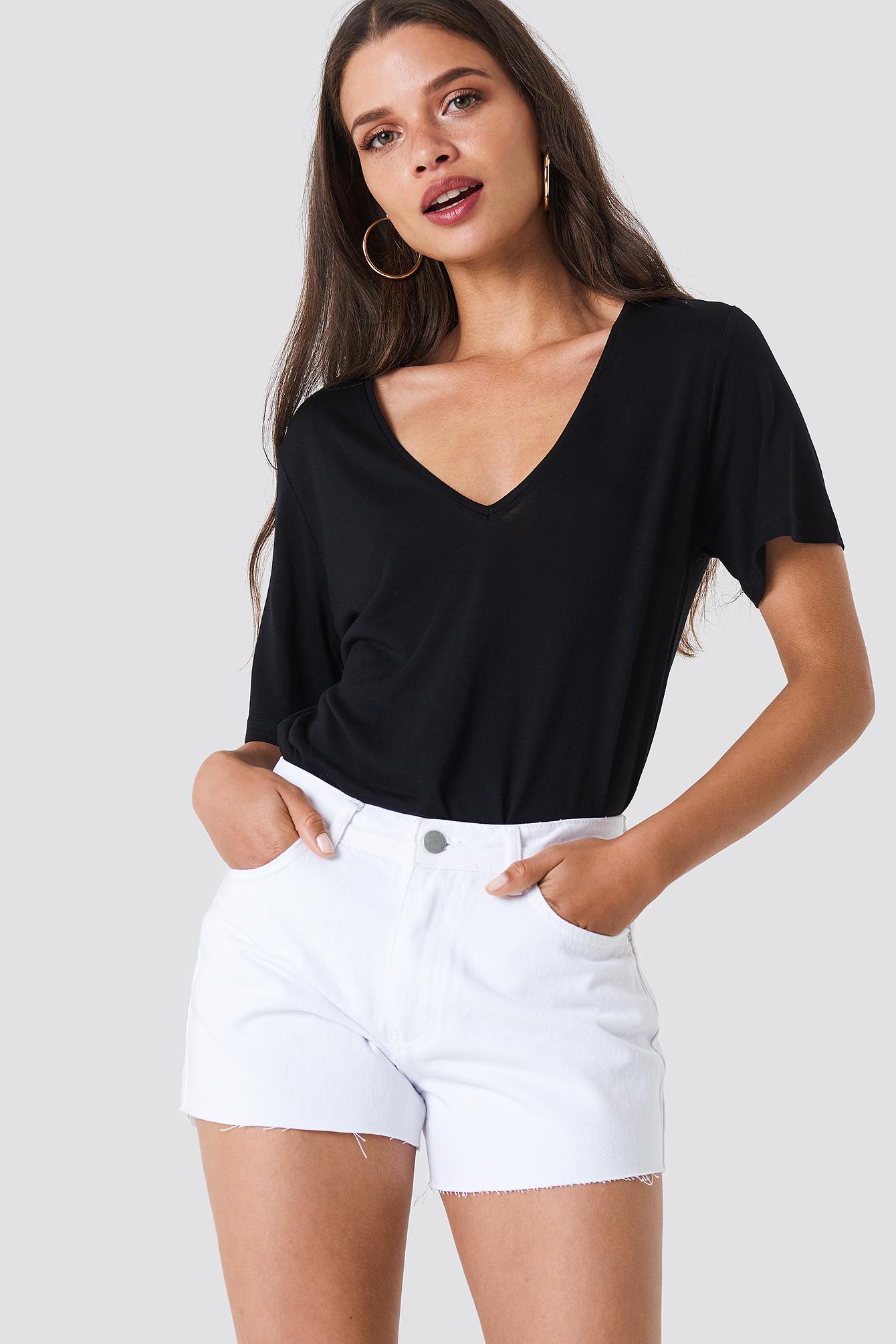 Trendyol Cutted Hem Denim Shorts - White