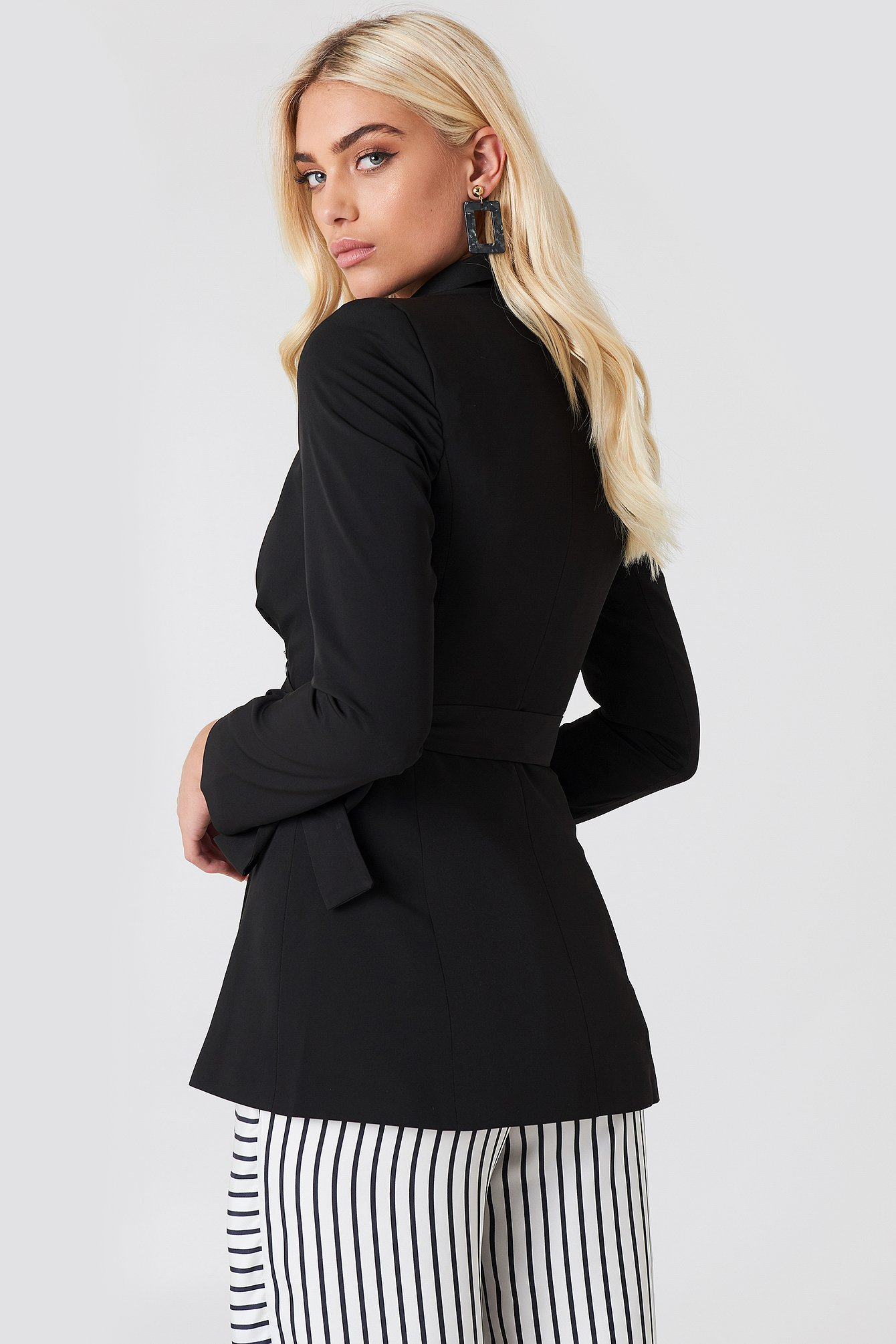 Double Buttoned Tie Back Jacket NA-KD.COM