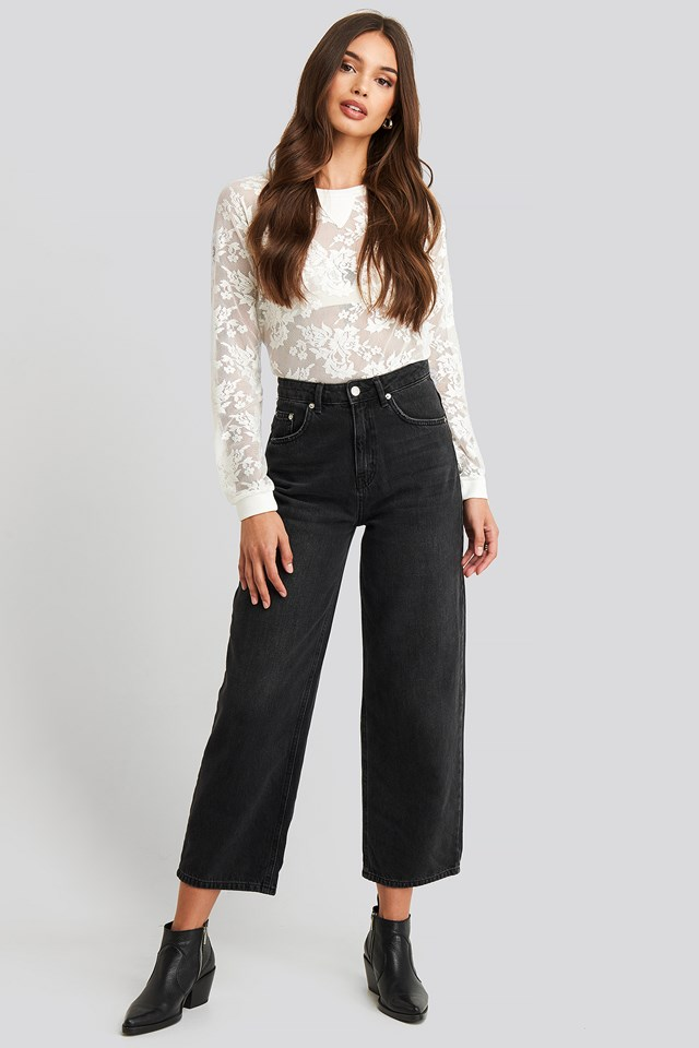 Embroidered Detailed Top Ecru