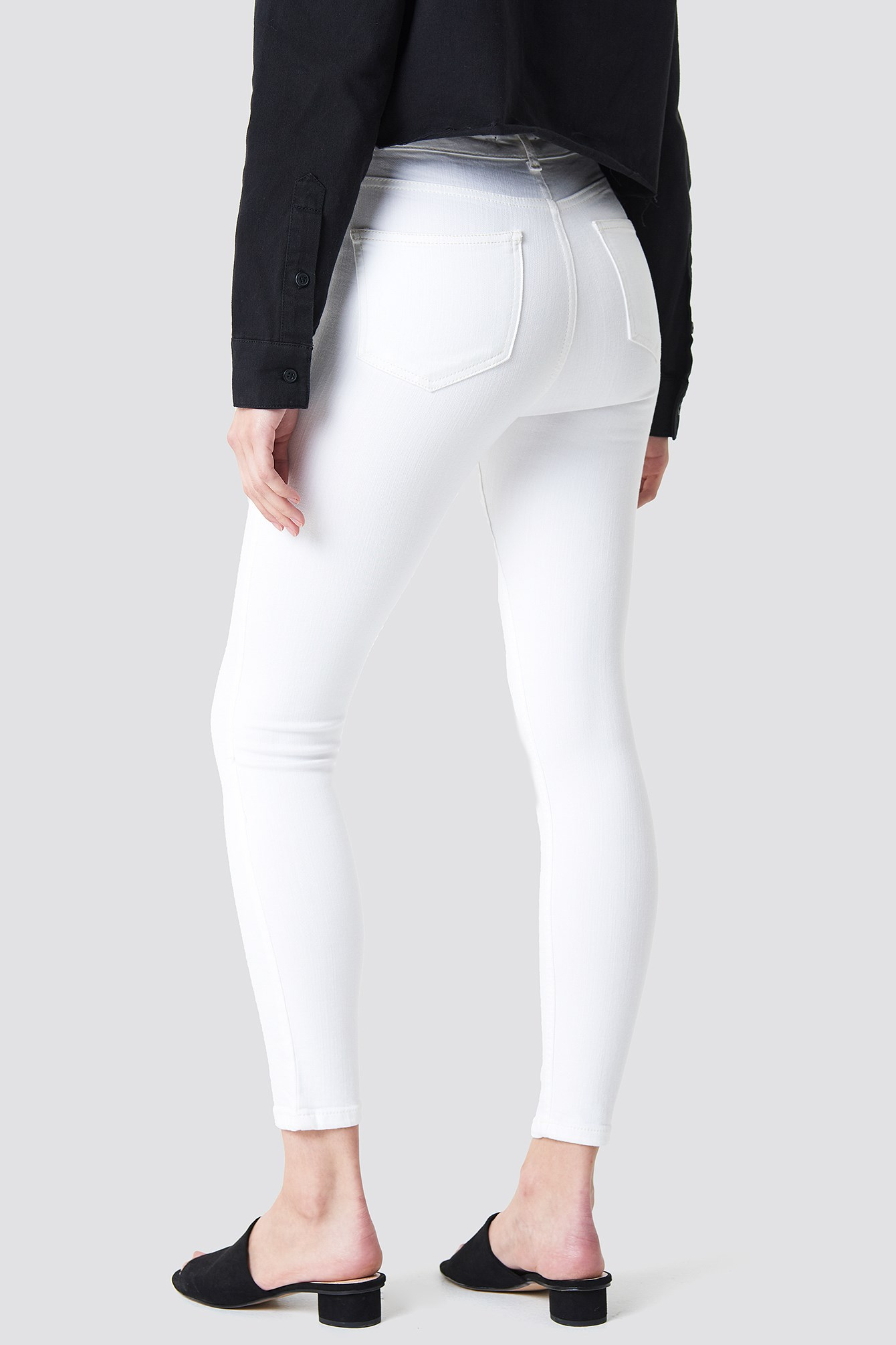 Embroidered Skinny Jeans NA-KD.COM
