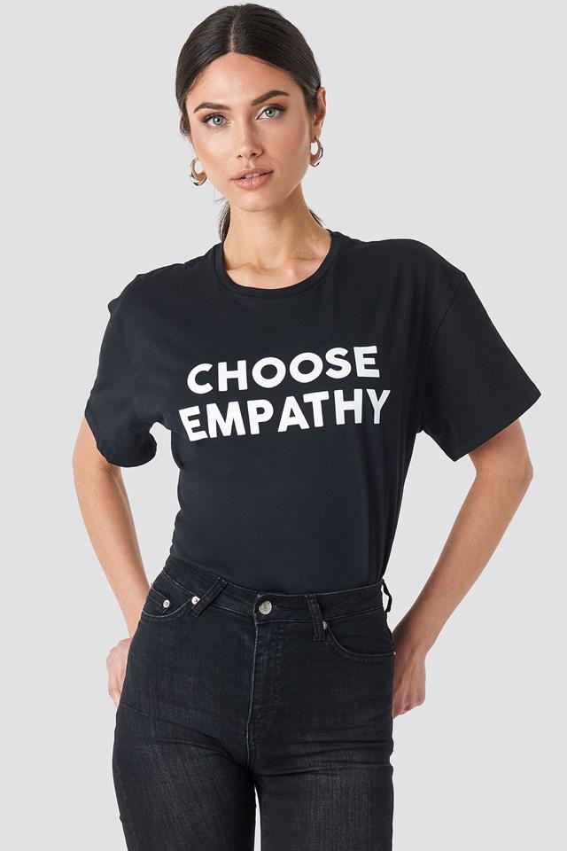 Empathy Tee NA-KD.COM