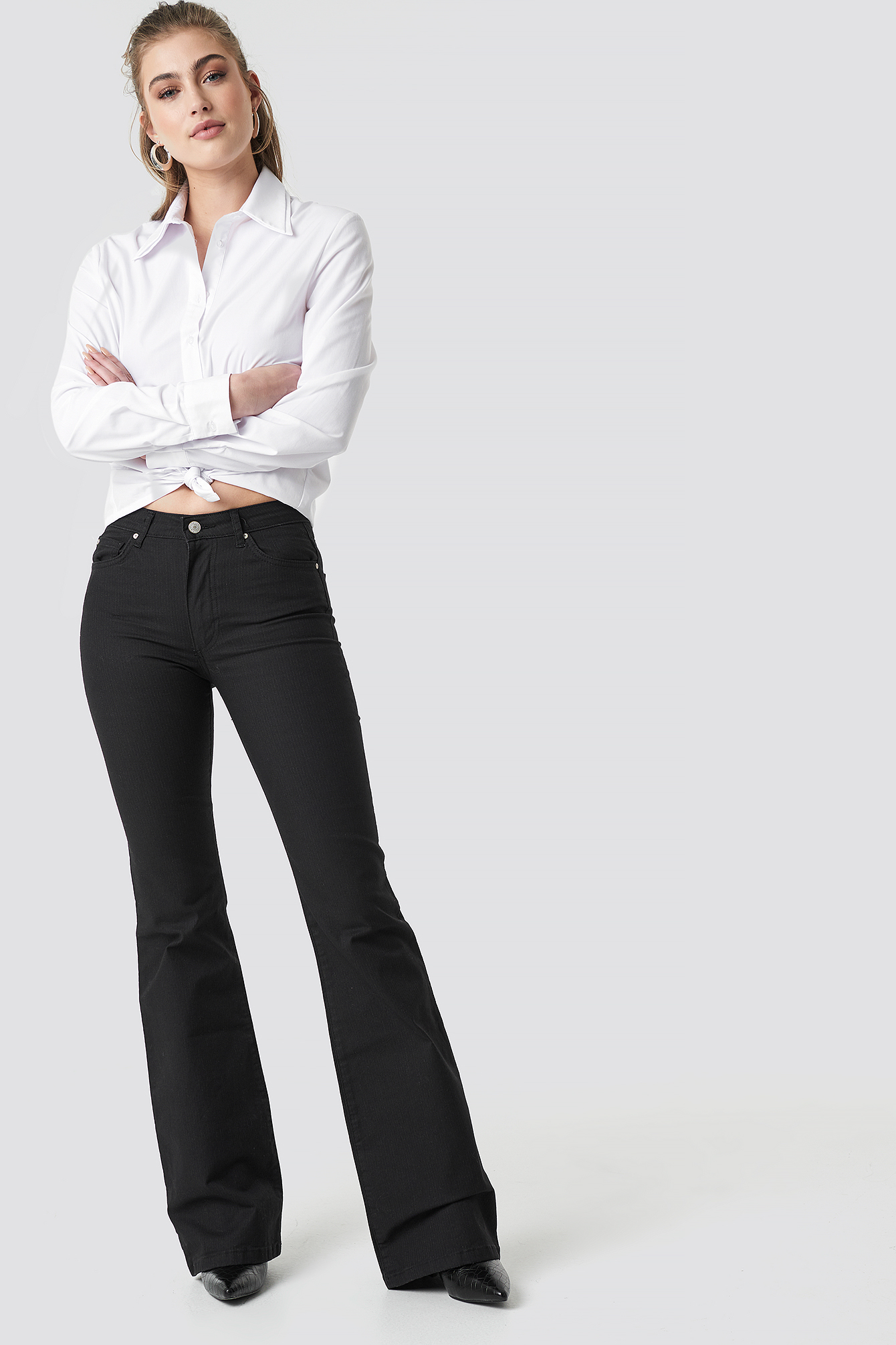 trendyol -  Flared High Waist Jeans - Black