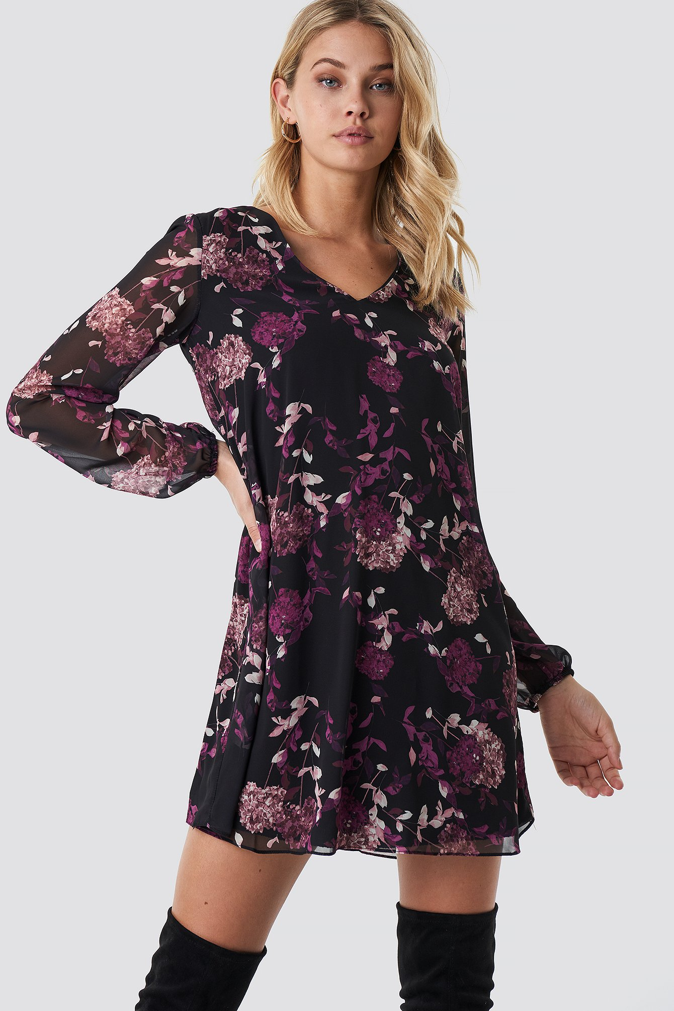 Floral Patterned Mini Dress NA-KD.COM