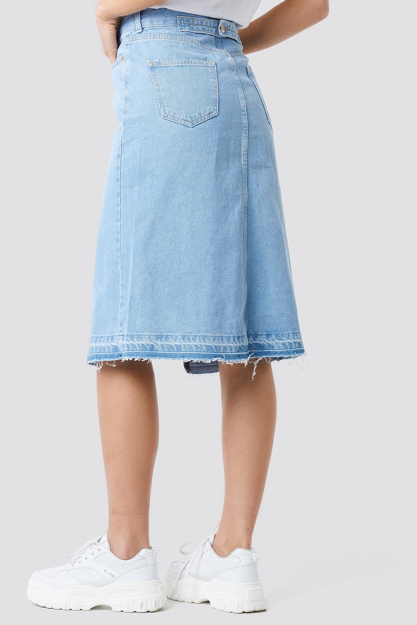 Front Slit Detailed Denim Skirt NA-KD.COM