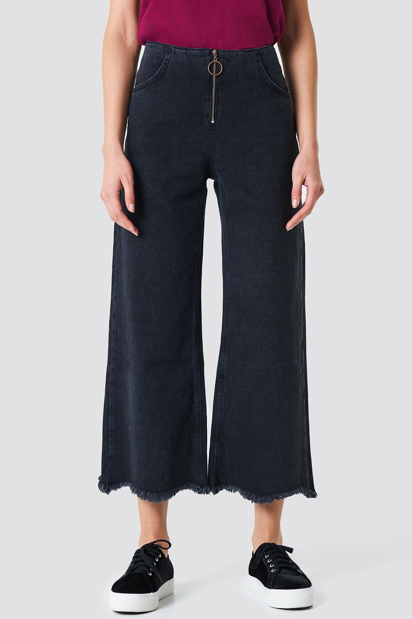 Szerokie jeansy z zamkiem NA-KD.COM