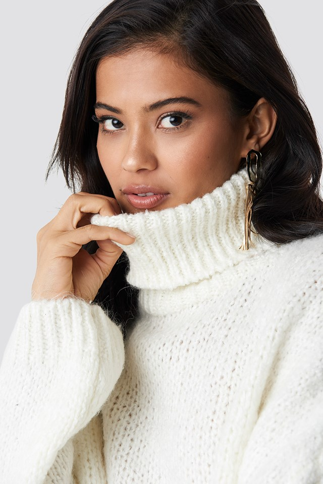 High Neck Knitted Sweater Ecru