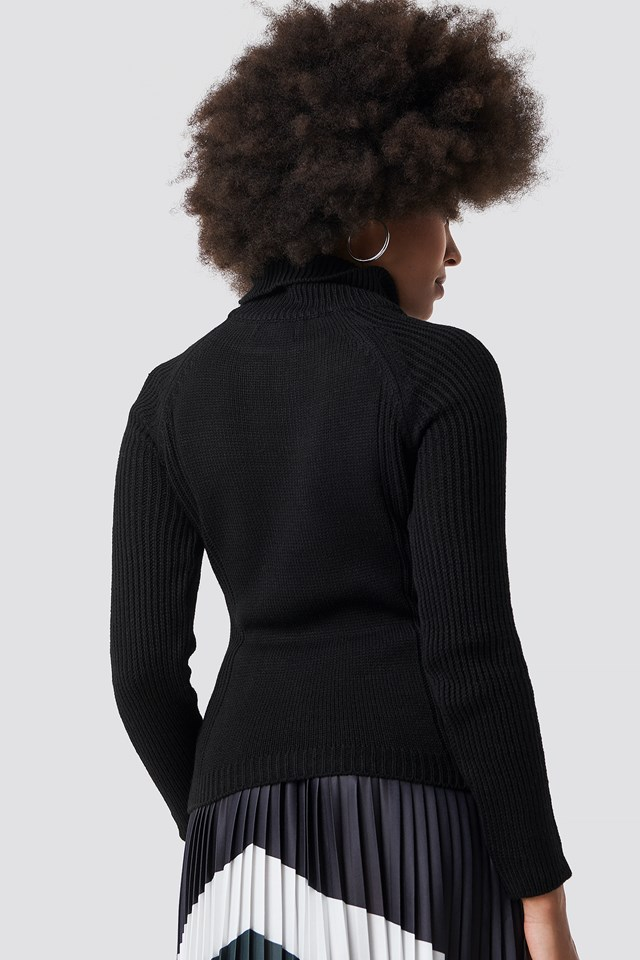 Knitted High Neck Pullover Black