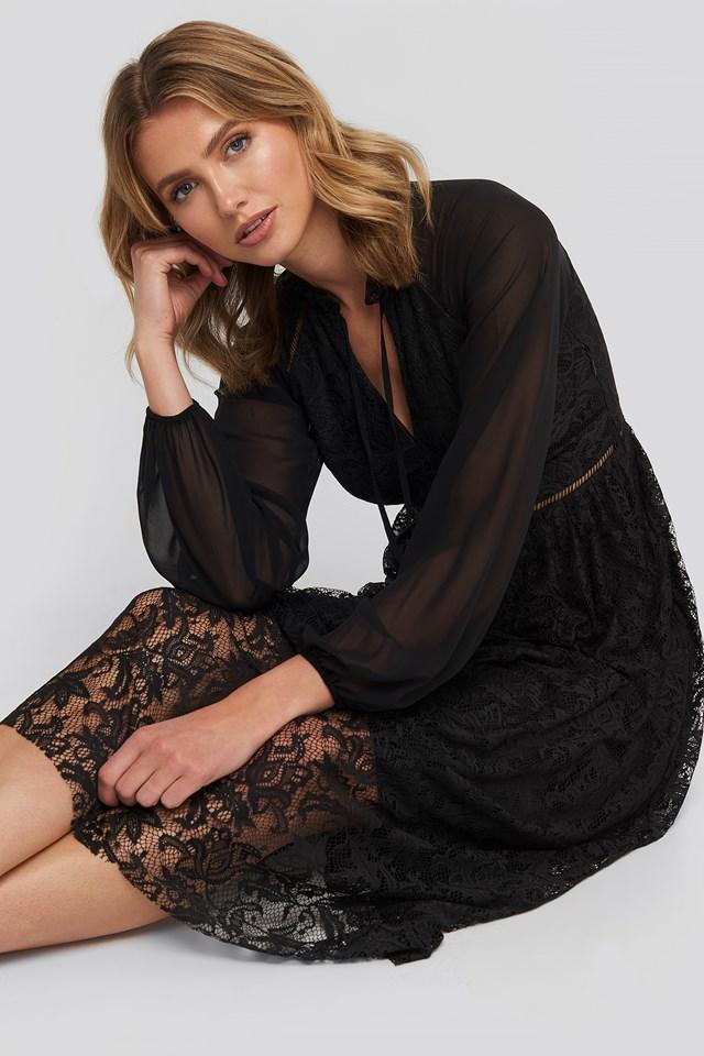 Lace Detailed Maxi Dress Black