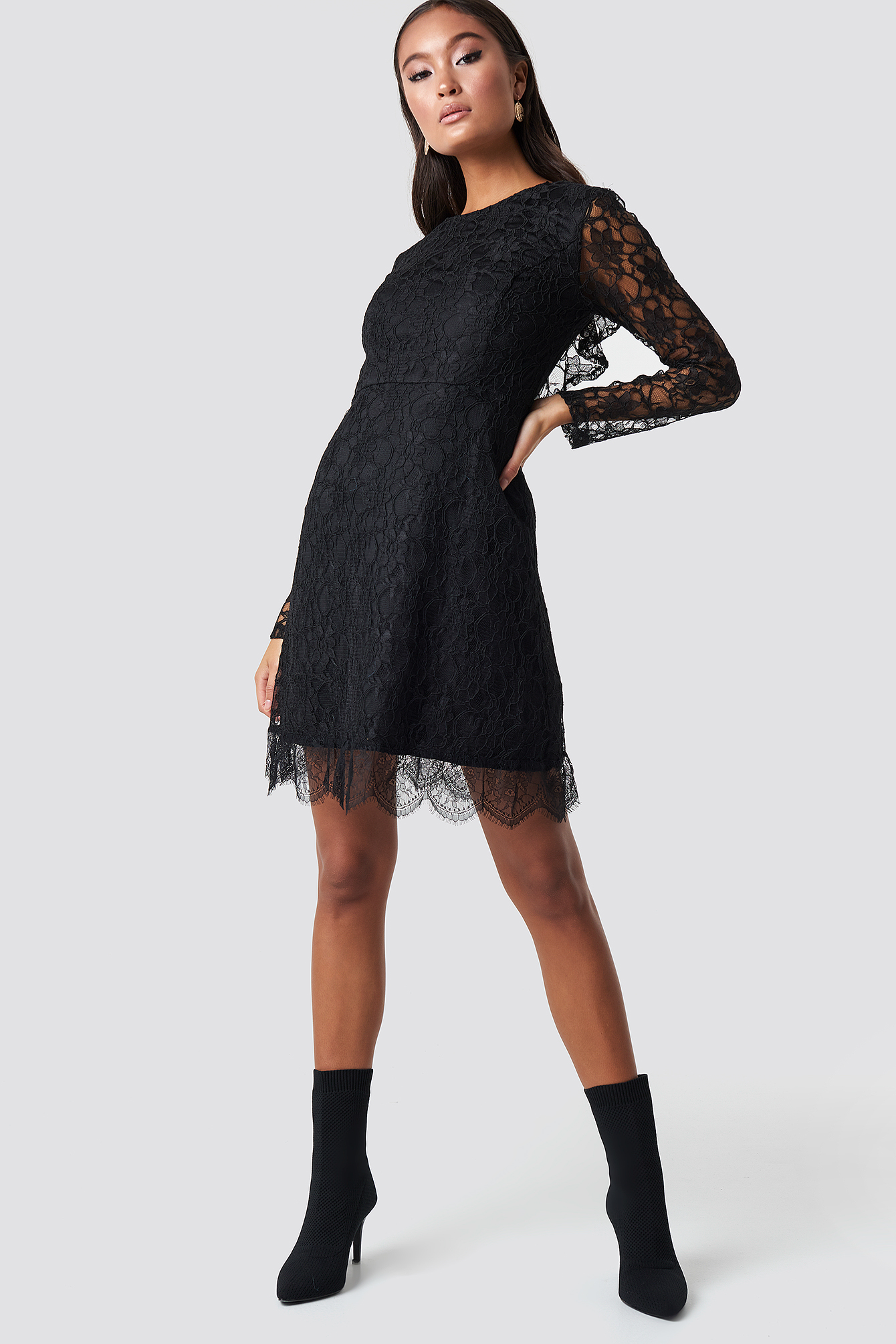 Laced Mini Dress NA-KD.COM