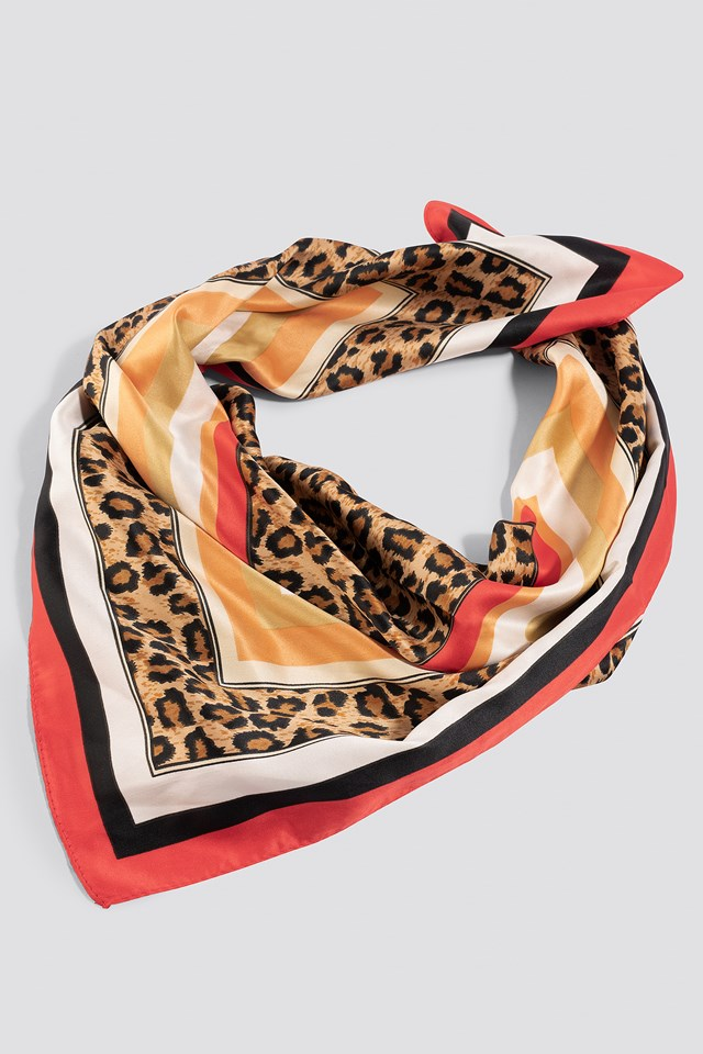 Leo Printed Scarf Red