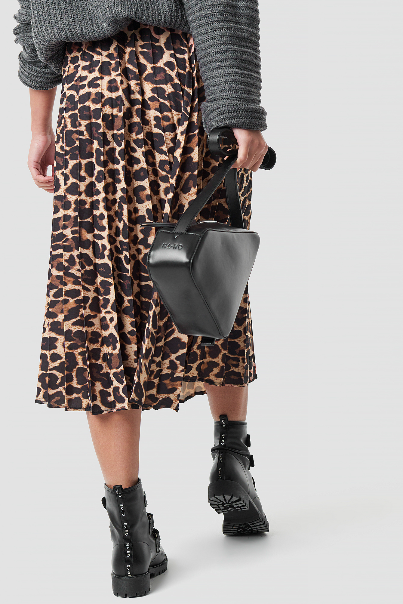 Leopard Patterned Pleat Midi Skirt NA-KD.COM