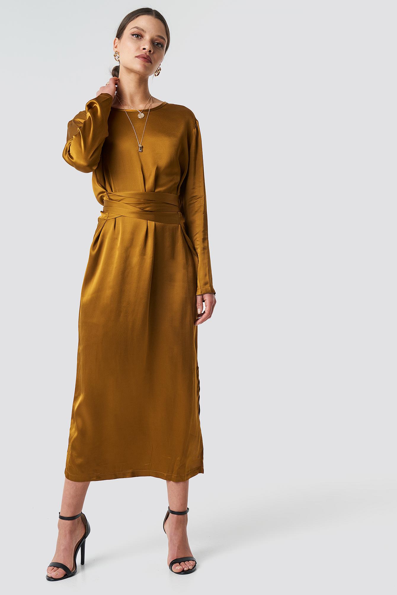 Long Binding Detailed Dress NA-KD.COM