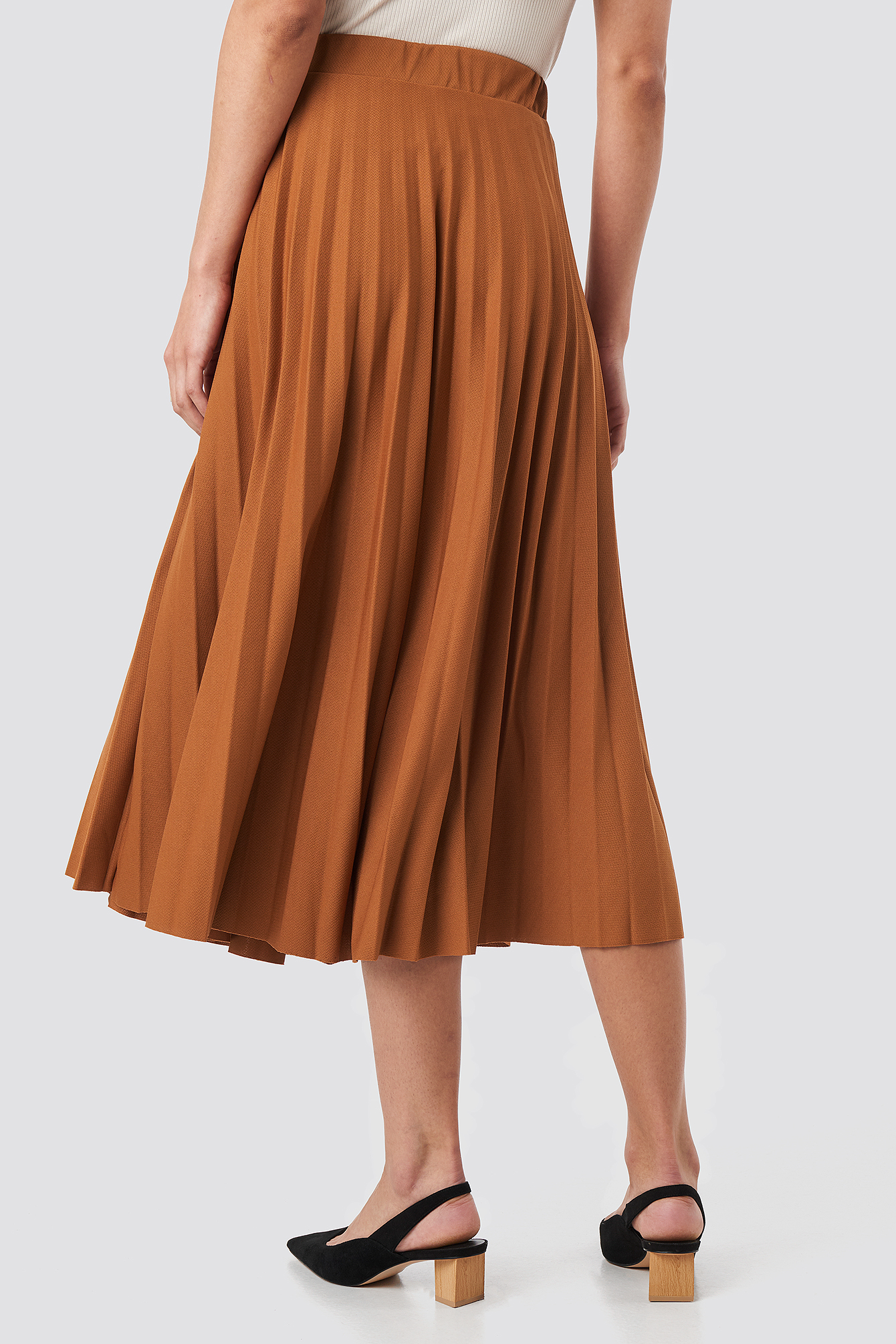 Brown Midi Pleated Skirt