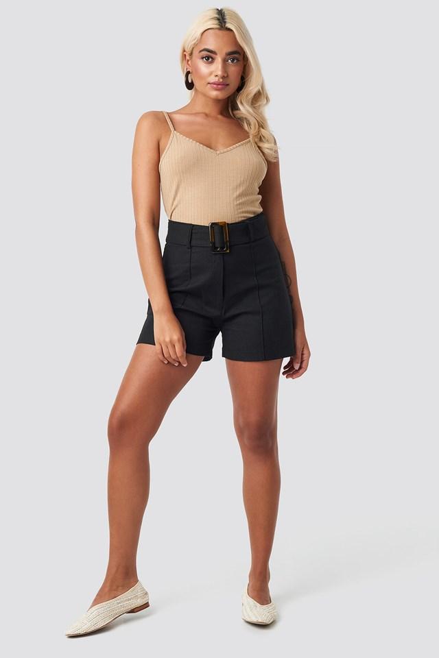 Milla Belt Shorts NA-KD.COM