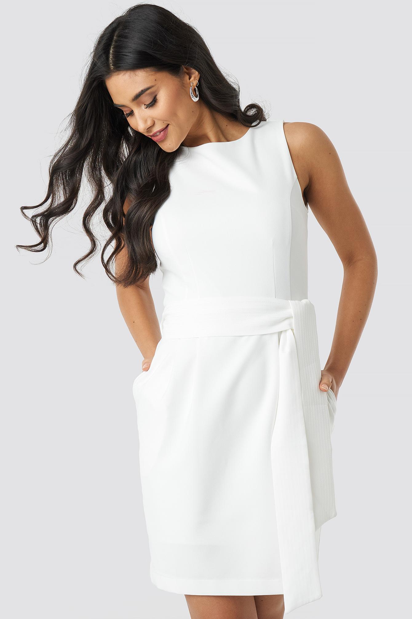trendyol -  Milla Belted Mini Dress - White