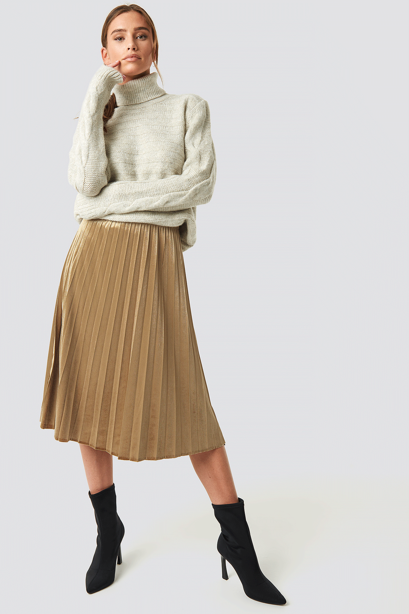 Mila Pleated Skirt Gold