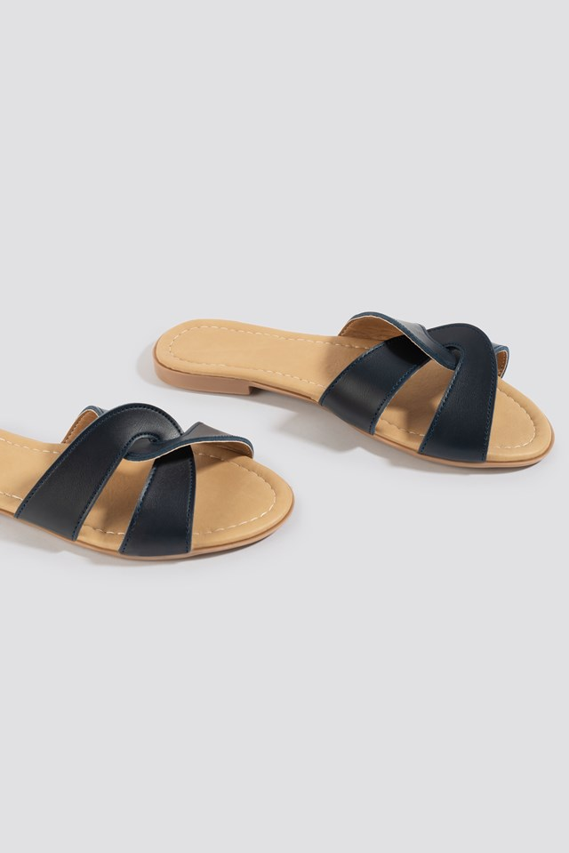 Milla Slippers Navy