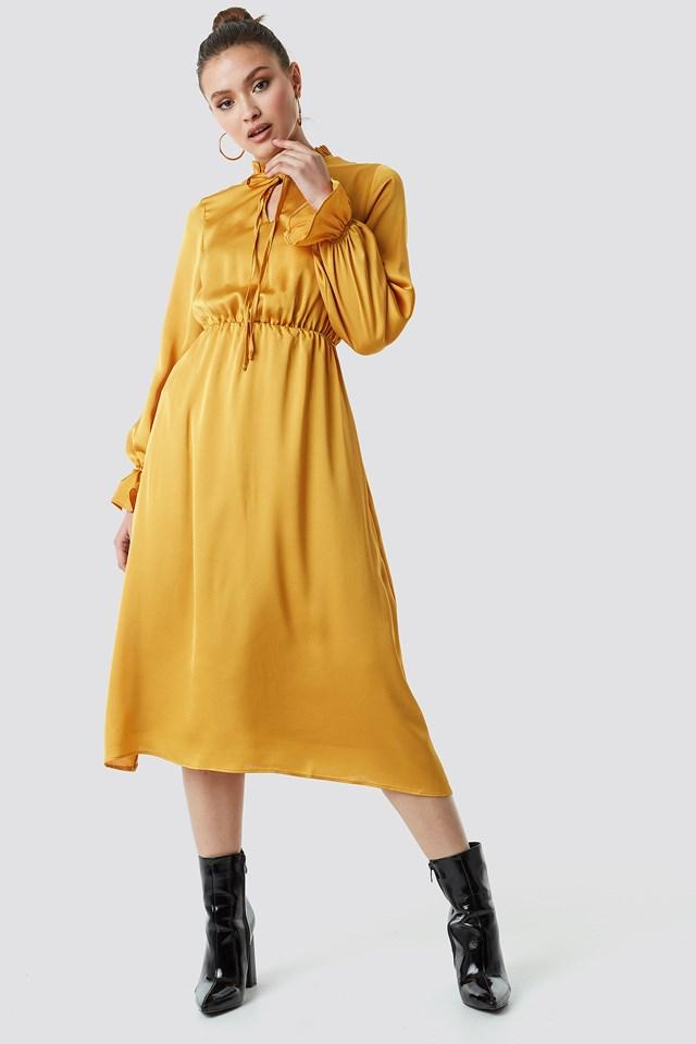 Neck Binding Midi Dress Trendyol