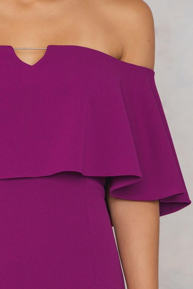 Off Shoulder Frill Maxi Dress NA-KD.COM