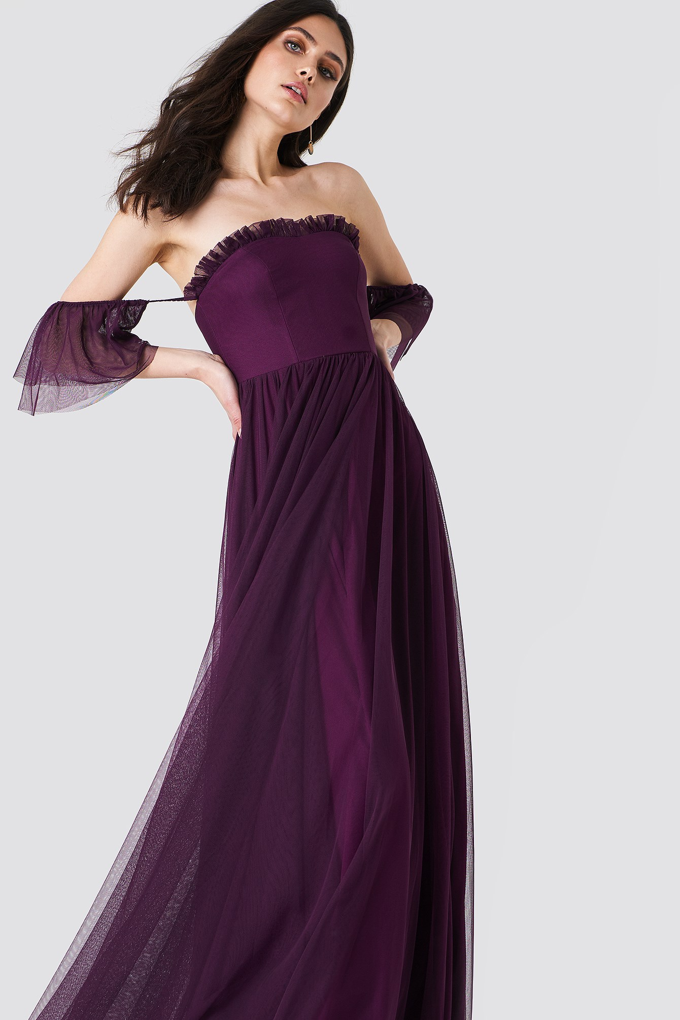 Off Shoulder Tulle Maxi Dress NA-KD.COM