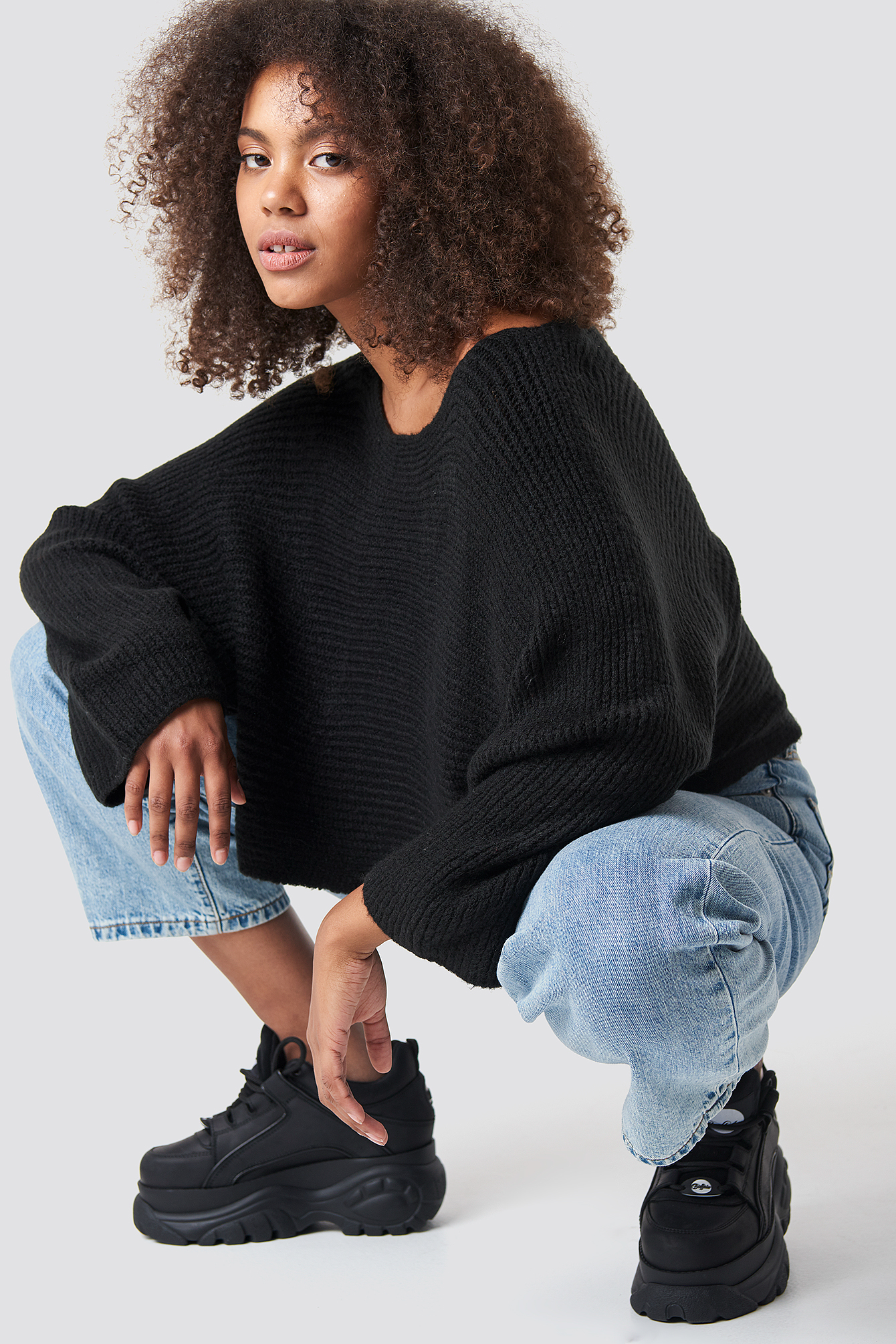 trendyol -  Off Shoulder Wide Sleeve Jumper - Black