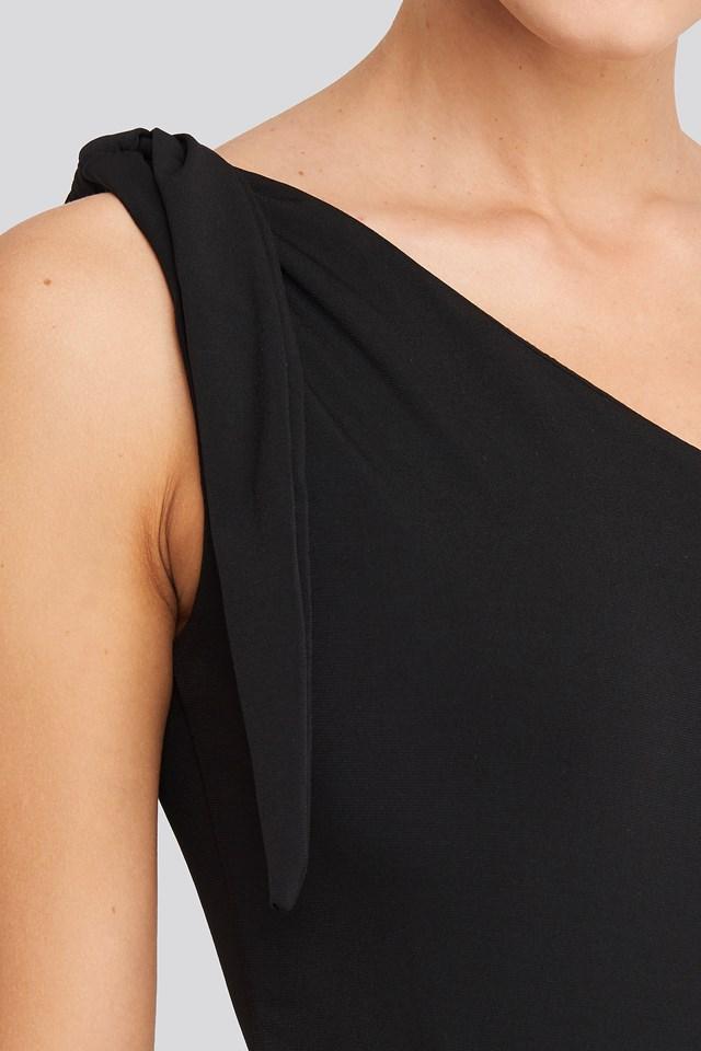 One Shoulder Binding Detailed Body Black