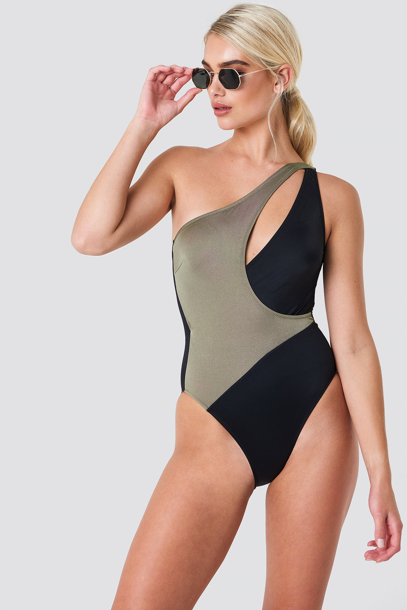 One Shoulder Cut Swimsuit NA-KD.COM