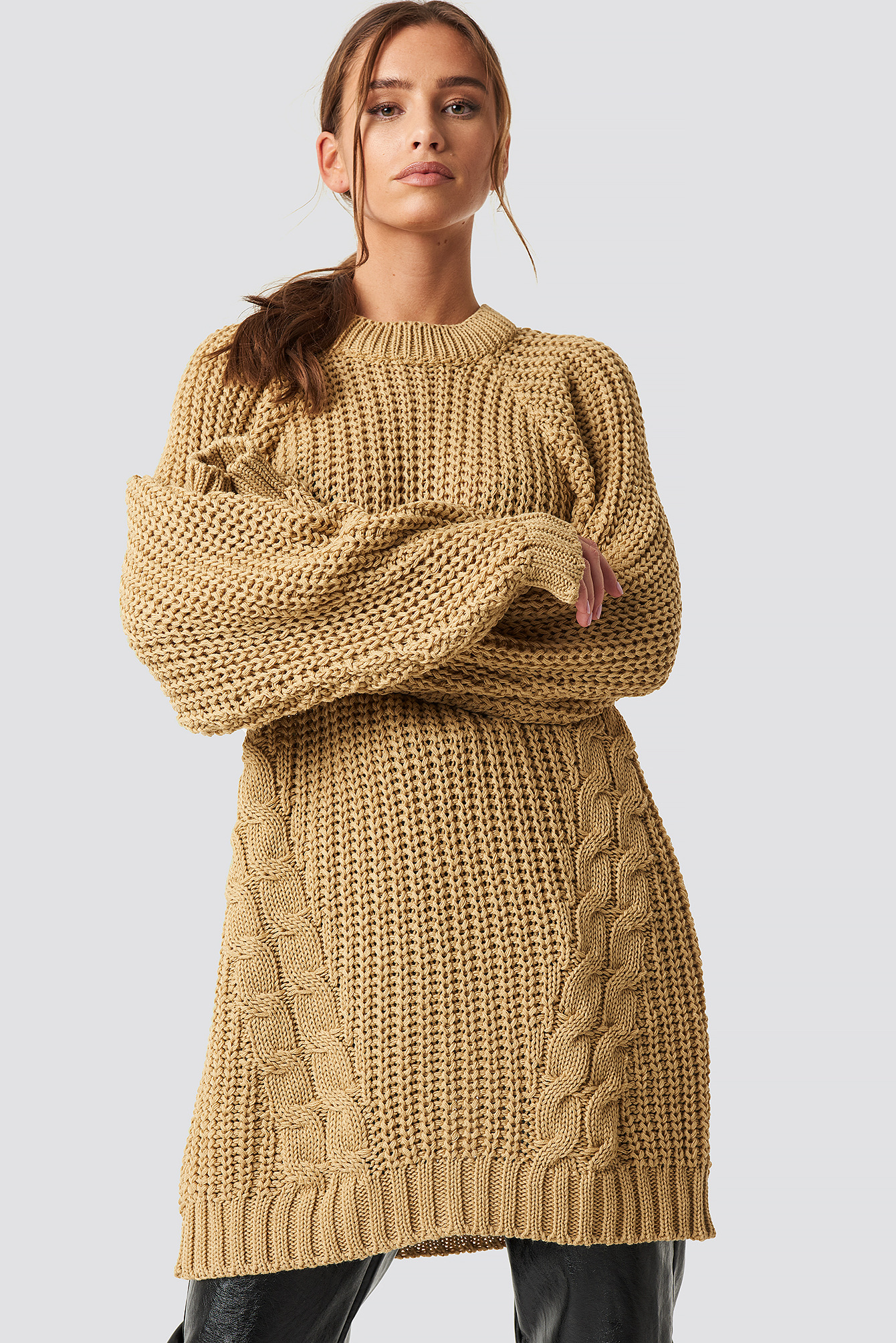 dae9db534 Oversized Knitted Sweater Beige | na-kd.com