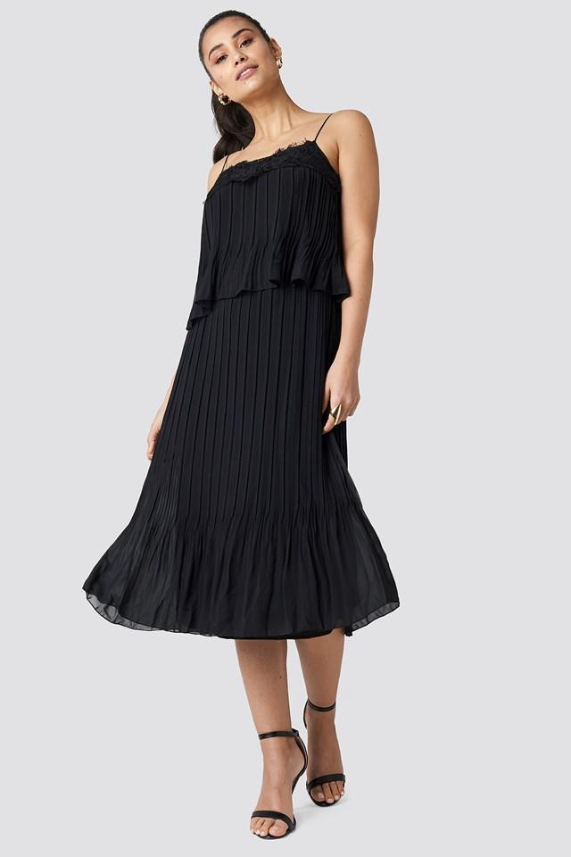 Pleat Detail Midi Dress Black