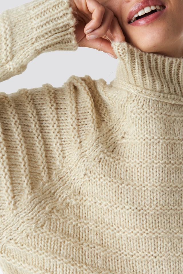 Poloneck Knitted Sweater Beige