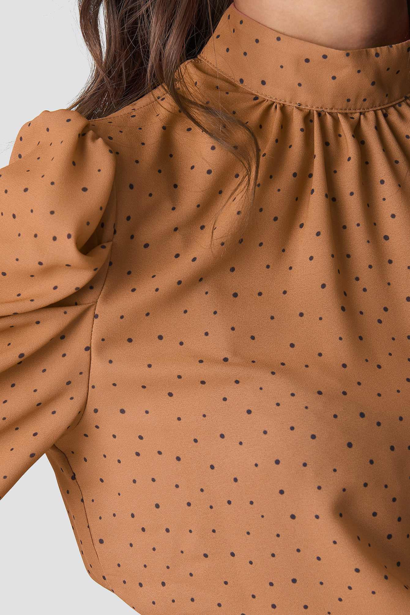 Powder Polka Dot Blouse NA-KD.COM